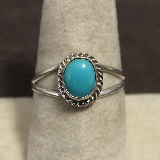 Southwest Sterling Silver and Turquoise Navajo Ladies Ring Size 9