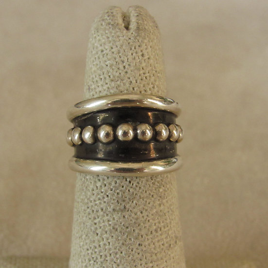 Sterling Silver Band with Silver Bead Center by Tom Hawk Size 5.75