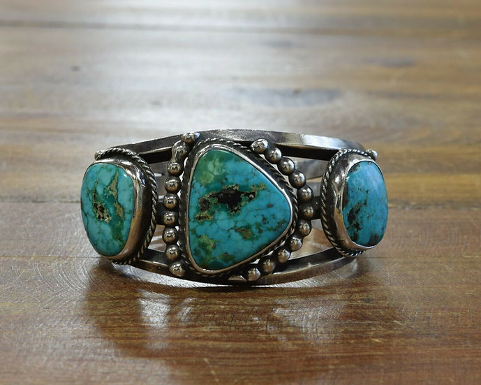 Vintage Southwestern Sterling Silver Turquoise Cuff Bracelet