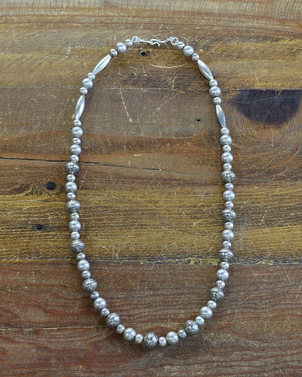 Vintage Navajo Sterling Silver Beaded Necklace