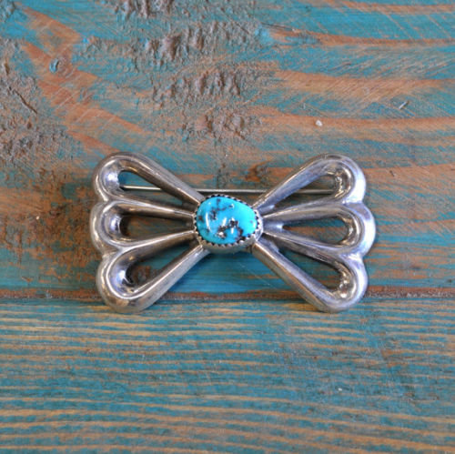 Vintage Navajo Sterling Silver And Turquoise Sandcast Brooch