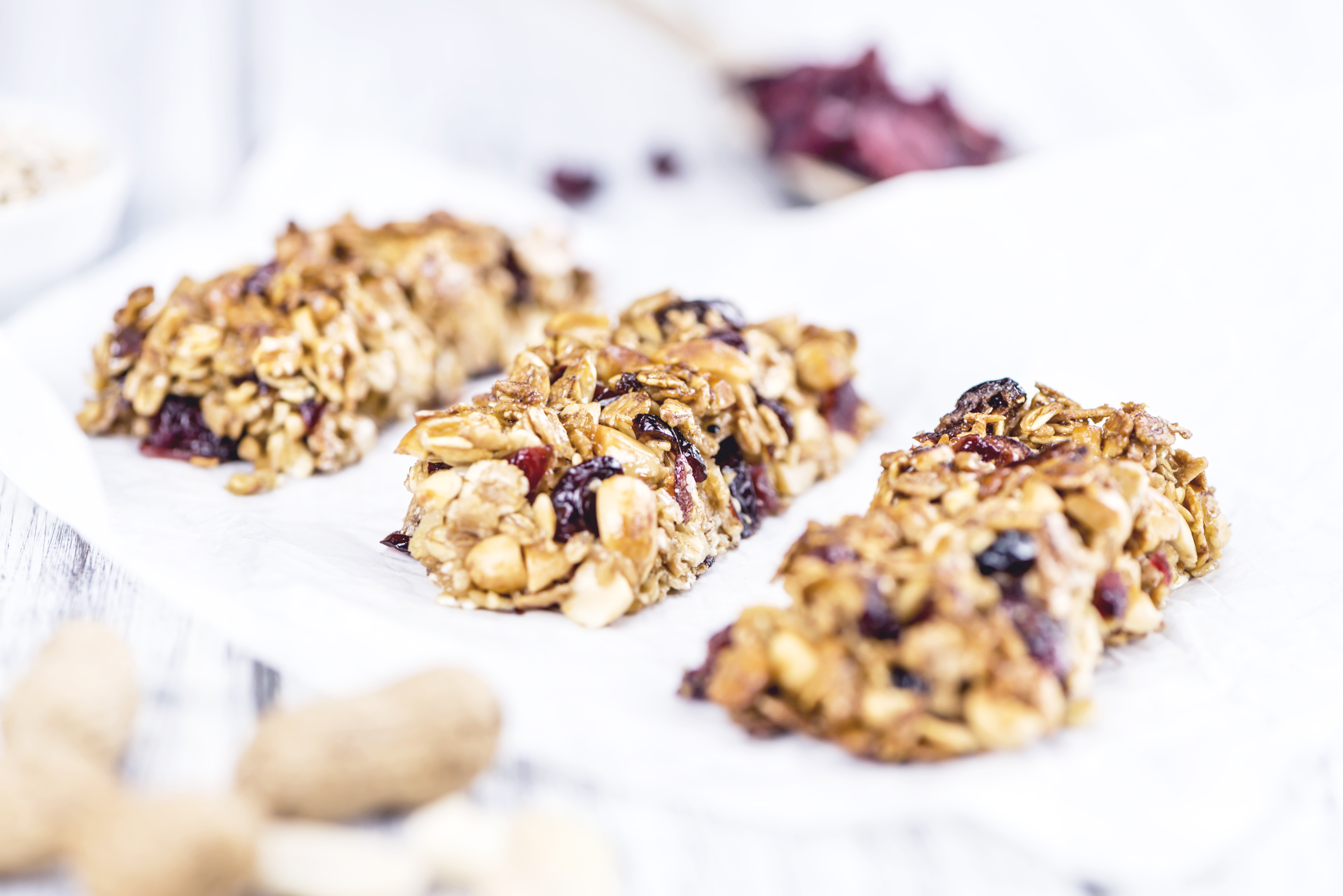 Try homemade granola Bars?