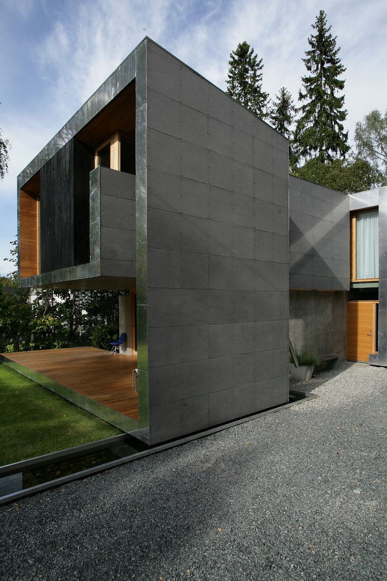 exterior4.jpg