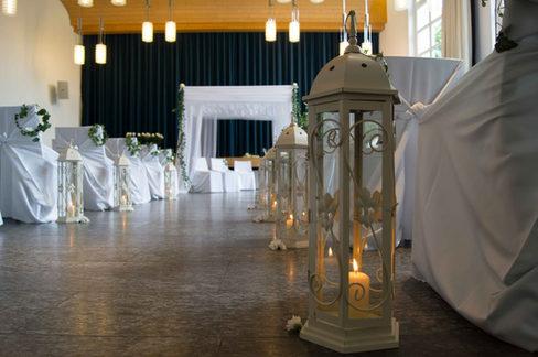 Hochzeitszeremonie im Brandissaal