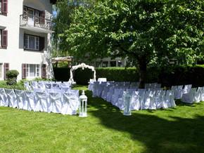Trauung im freien - Hochzeitsgarten gleich neben dem B12