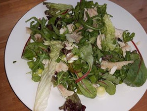 Lunch salade met makreel