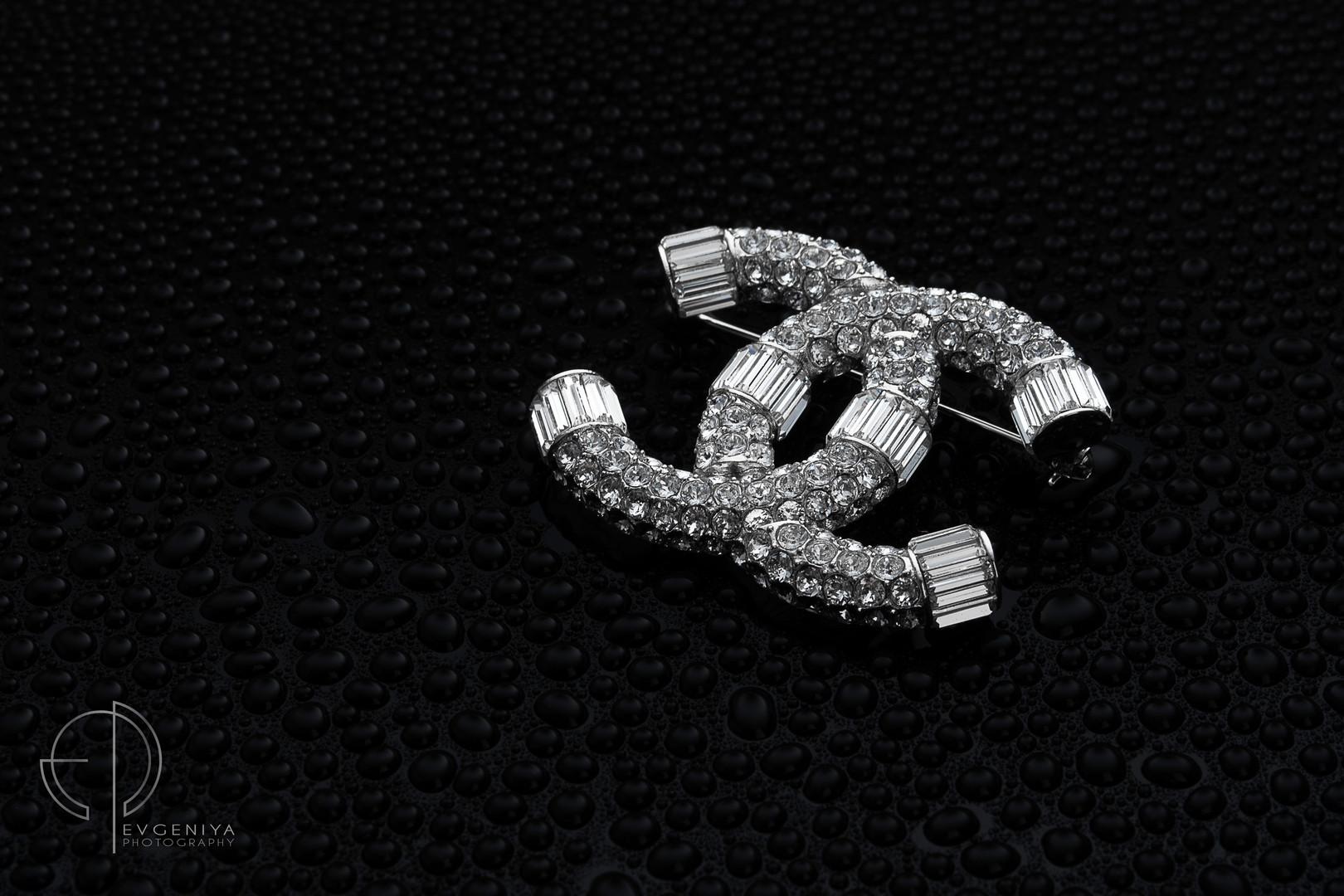 Broche Chanel