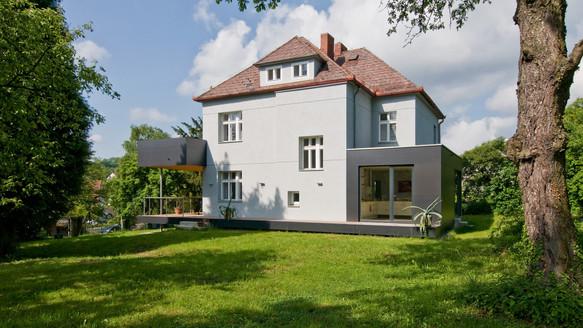 Wohnhaus Sch