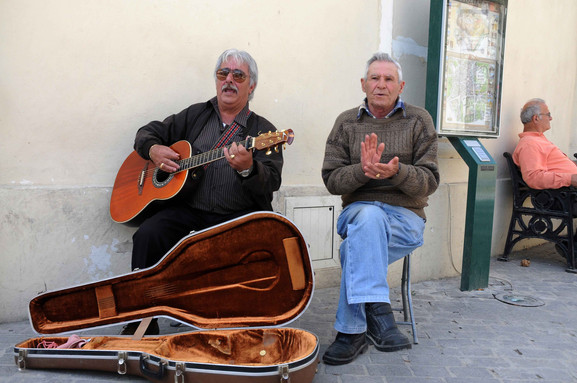 person music traditional local cyclades