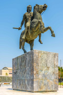 alexander the great statue en face thess
