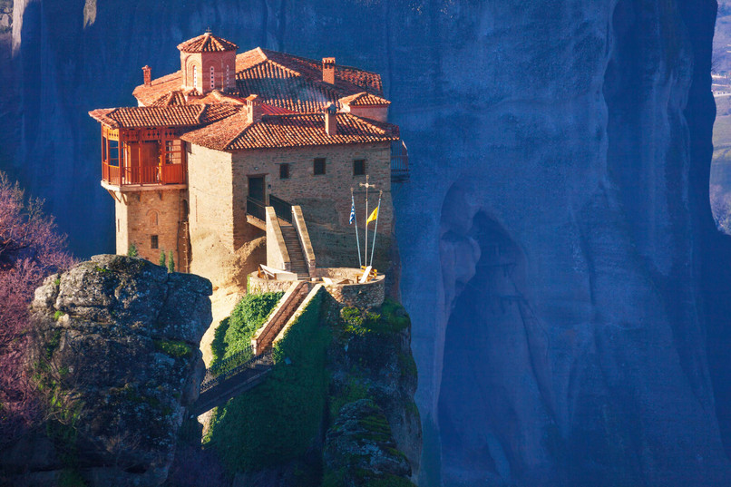 ceentral greece churches meteora copy.jp