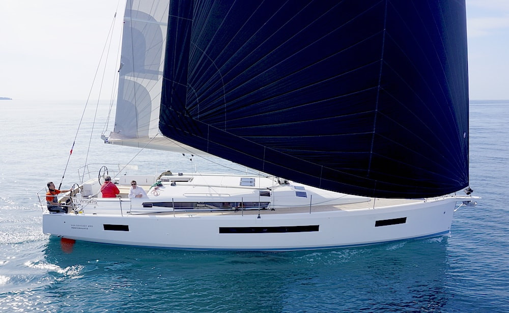 Jeanneau-Sun-Odyssey-490-navigation.jpg