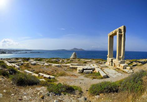 naxos portara museum temple aegean cycla