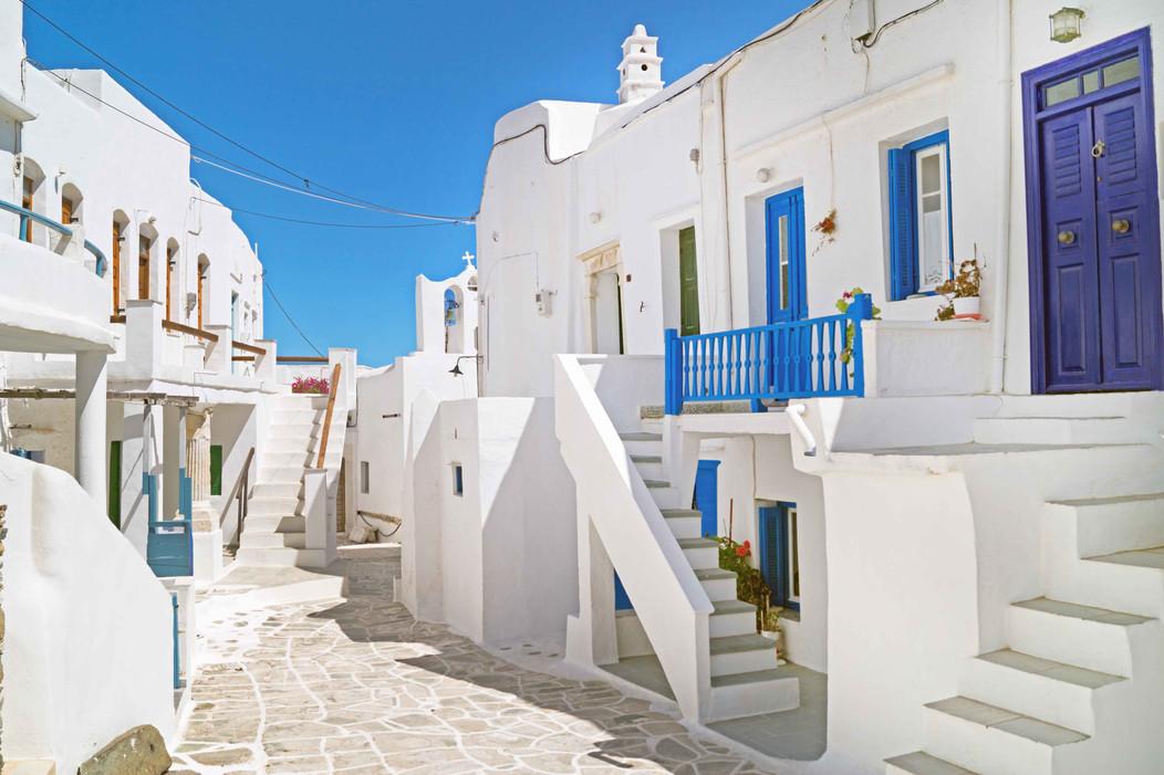 folegandros white house alley greece cyc