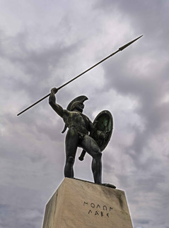 leonidas thermopylae greece statue histo