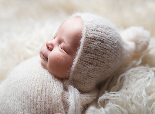Newborn photographer coventry Nuneaton