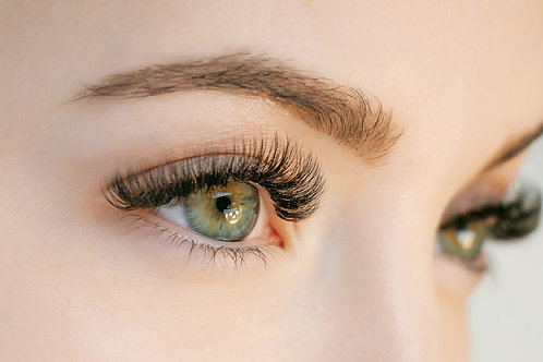 Beginner Eyelash Extensions. Ask about our finance options on any course