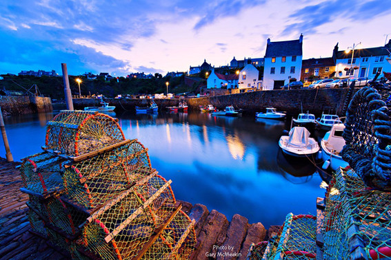 Harbour at Night Gary McMeekin DG.jpg
