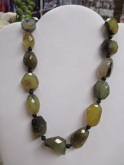 Green Chunky Chalcedony Necklace