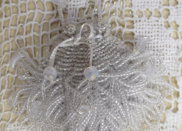 """Sachet"" Beaded Knit Amulet Purse Pattern"