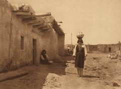Sia Street Scene, 1925