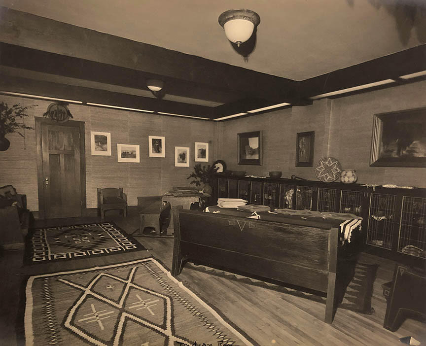 The office at the Curtis studio, 4th and University Streets in Seattle, 1917.