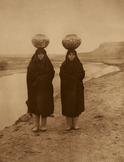 Zuni Girls at the River, 1903