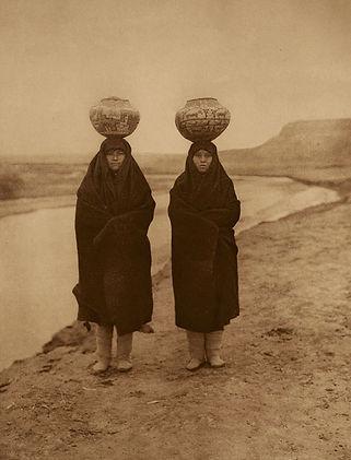 Zuni Girls
