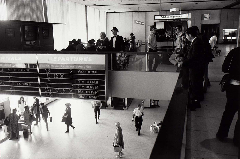 Gary Winogrand, Untitled (T.W.A. Terminal), 1978. Collection of the Smithsonian American Art Museum