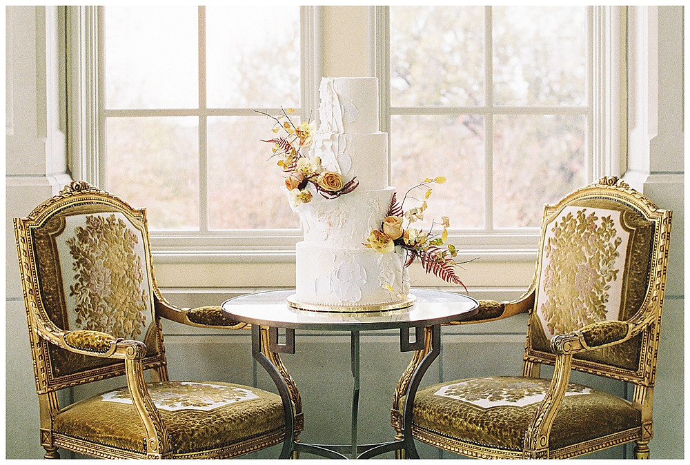 dallas wedding photography, The olana hickory creek texas, yellow green, white wedding, summer/spring wedding. film photography, four tier white wedding cake with flowers