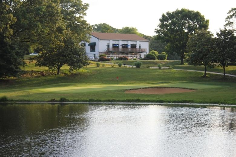 IMG_Bay-Hills-Golf-Club_02_LR