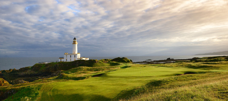 Trump-Turnberry-The-9th-hole-of-the-Ailsa-course-Med