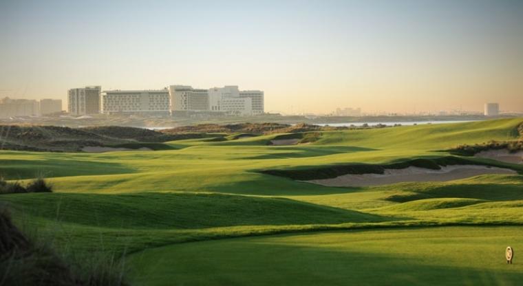IMG_Yas-Links-Golf-Club_01_LR
