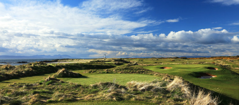 Trump-Turnberry-The-6th-hole-of-the-Ailsa-course-Med