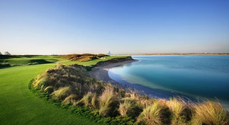 IMG_Yas-Links-Golf-Club_02_LR