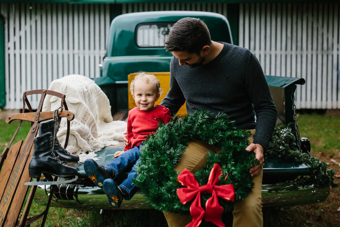 Vintage Truck Christmas Mini Sessions