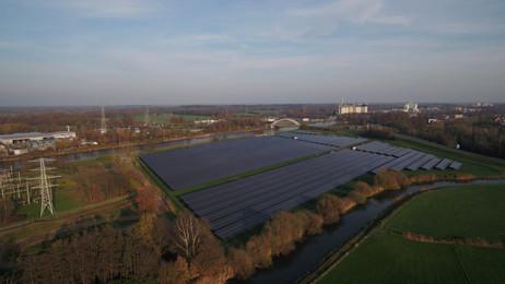 Bouwfase zonnepark Berkelweide gereed