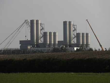 """""""New Nuclear power plants may not keep Britain's lights on"""" The Guardian 16/09/17."""