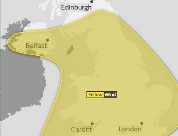 http://www.manchestereveningnews.co.uk/news/uk-news/storm-eleanor-weather-road-closures-14106110#comments-section