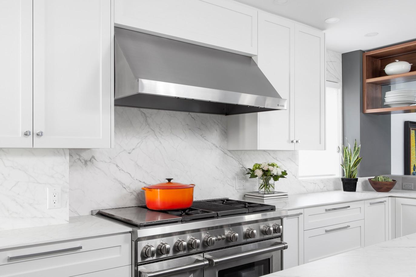 Lipson_kitchen angle.jpg