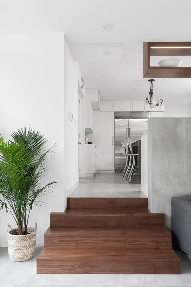 Lipson_kitchen stairs v1.jpg