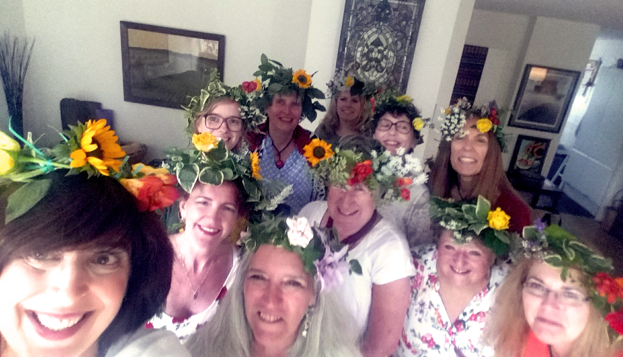 20170623_201519 flower crowns group