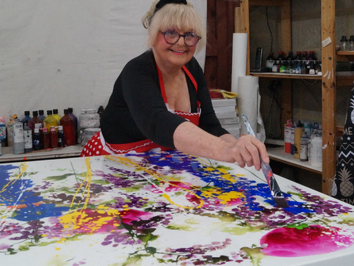Hi-De-Hi Star Turned Artist Showcases Art Collection at Leicester Gallery