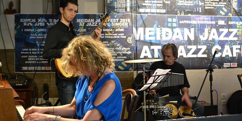 Dini Virsaladze Quartet feat. David Japaridze at Singer