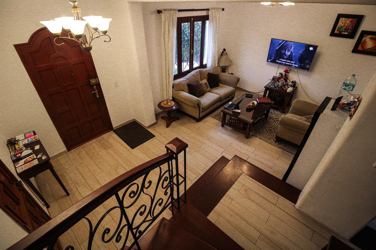 LIMA WHITE HOUSE