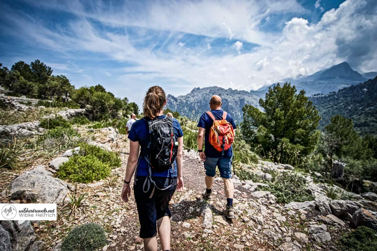 Auf dem Weg zum Steinhaus von Tanca de Bous hat man einen tollen Blick in die Berge