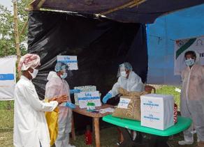 Life Distributes Food Baskets during Ramadan in India