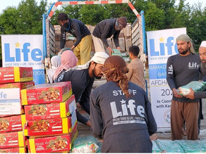 Life distributes Food Boxes during the Holy Month of Ramadan in Senegal