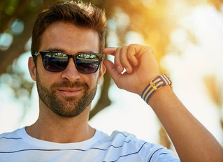 CHOOSING THE RIGHT PAIR OF SUNGLASSES