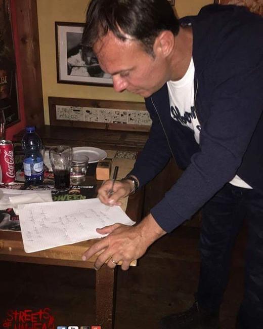 Con Francesco Pezzulli doppiatore di Leonardo di Caprio, Norman Reedus TWD e non solo: evento Comix Pub e Streets Of Undead
